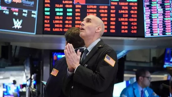 《【万和城网上平台】美股暴跌 越跌风险越小 机会越多 注意后市风险》