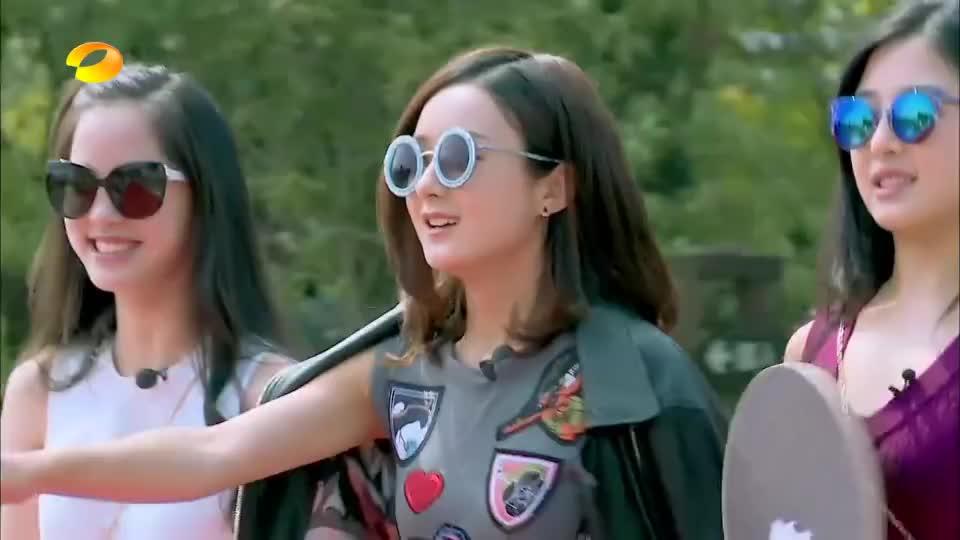 偶像来了:何炅赵丽颖演绎师徒情深,谢娜直呼受不了,好做作啊!