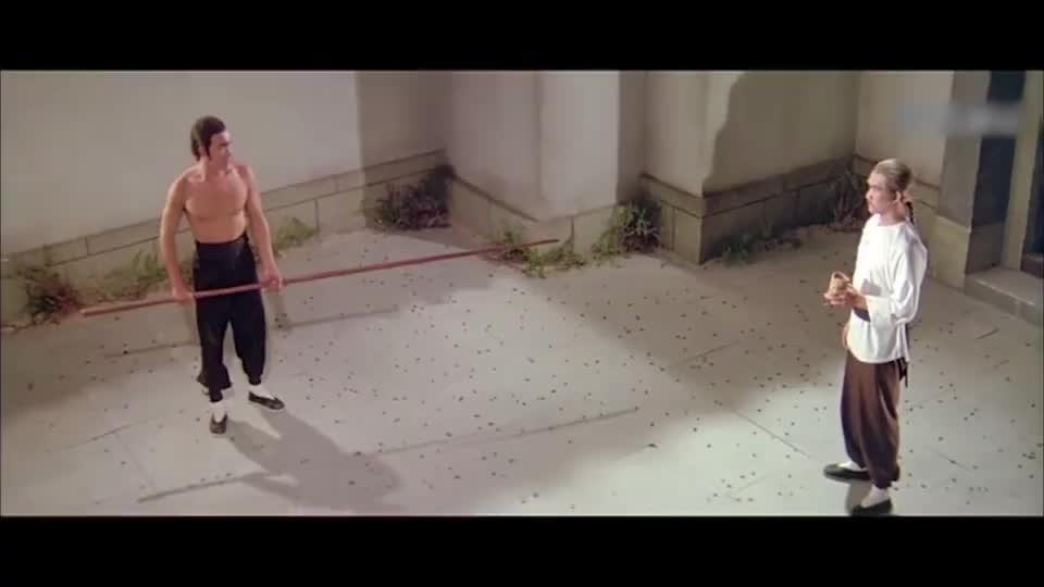 找钱华虚心学习咏春棍法,打橄榄核练武,真有韧劲