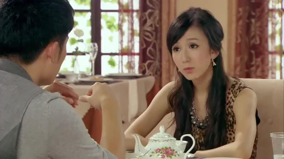 爱情公寓:小贤依旧劝阻一菲,找到人生方向,这心意