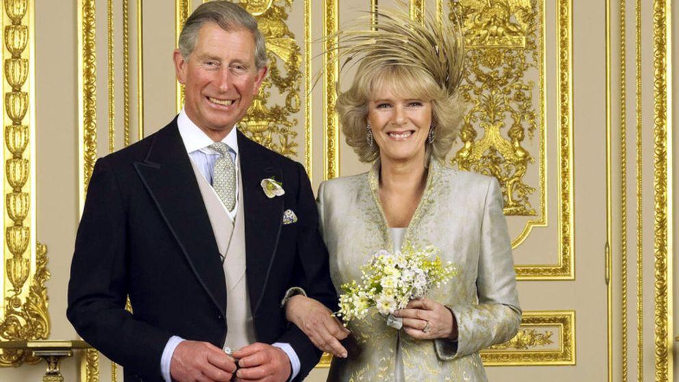 在卡米拉的婚姻生活中不为人知地忍耐 与查尔斯王子的巨大差异
