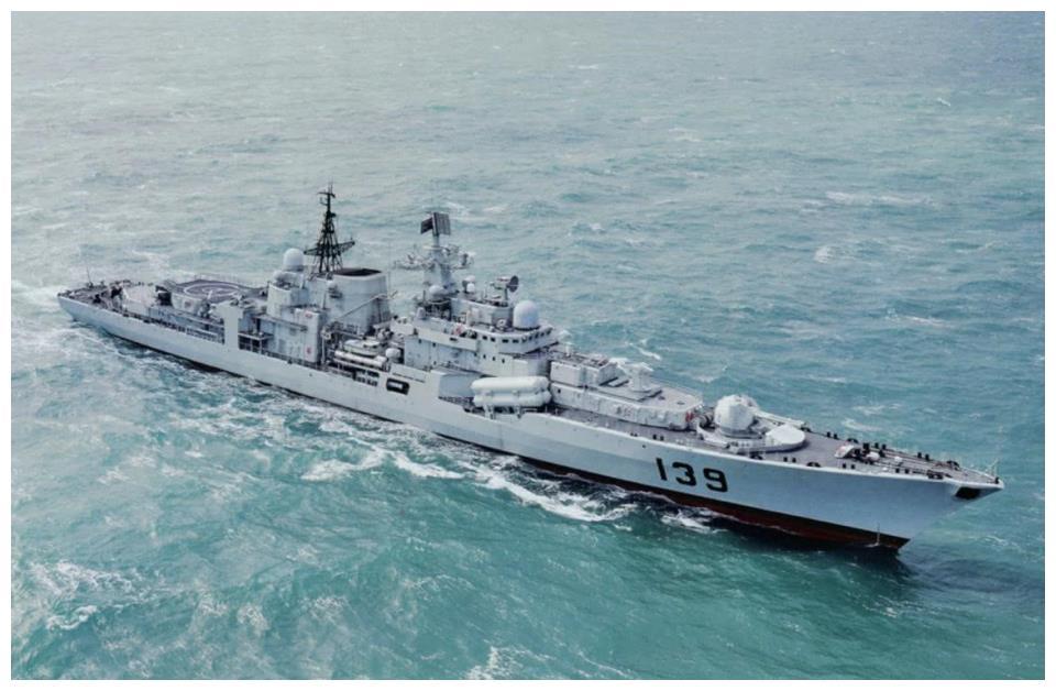 驱逐舰和护卫舰任务相似,又有着什么区别