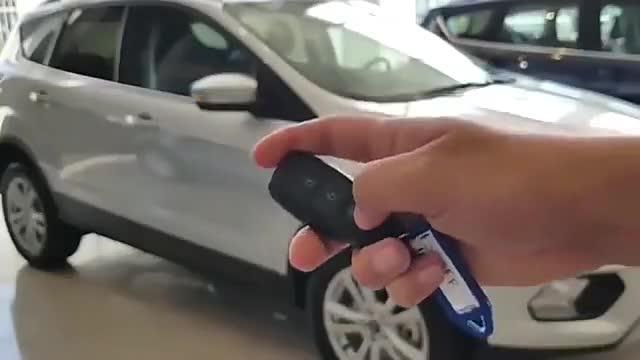 视频:福特翼虎SE2.0银色版到店