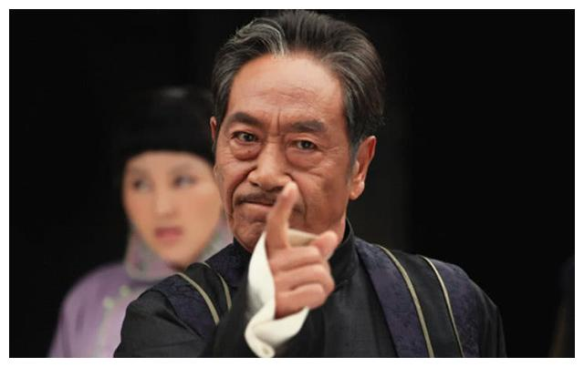 王奎荣69岁老来得女,让60岁的王刚自愧不如,今两人晚年生活不易