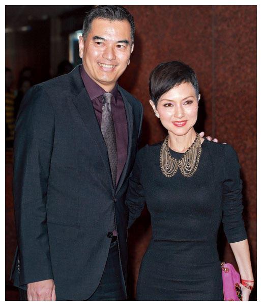 香港女星司马燕胃癌离世六年,丈夫陪同现任妻子祭拜亡妻