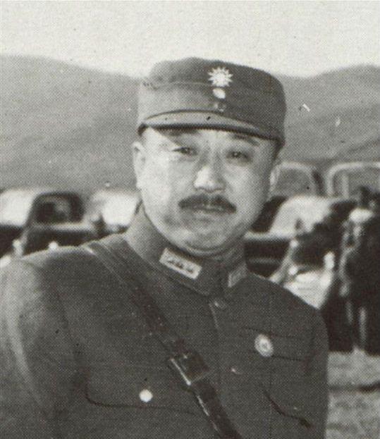 辽沈战役国军遭惨败,除50万兵力差距外,还因为这个关键人物!