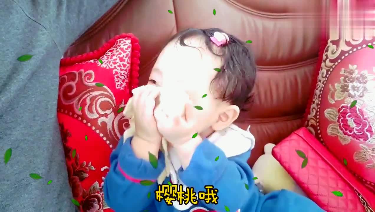 一岁宝宝太好玩,蒙起眼睛欺骗全世界,一言不合就玩消失。