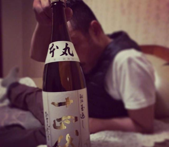 欧弟为汪涵庆生,同喝3000元一瓶日本名贵清酒,力破不和传闻