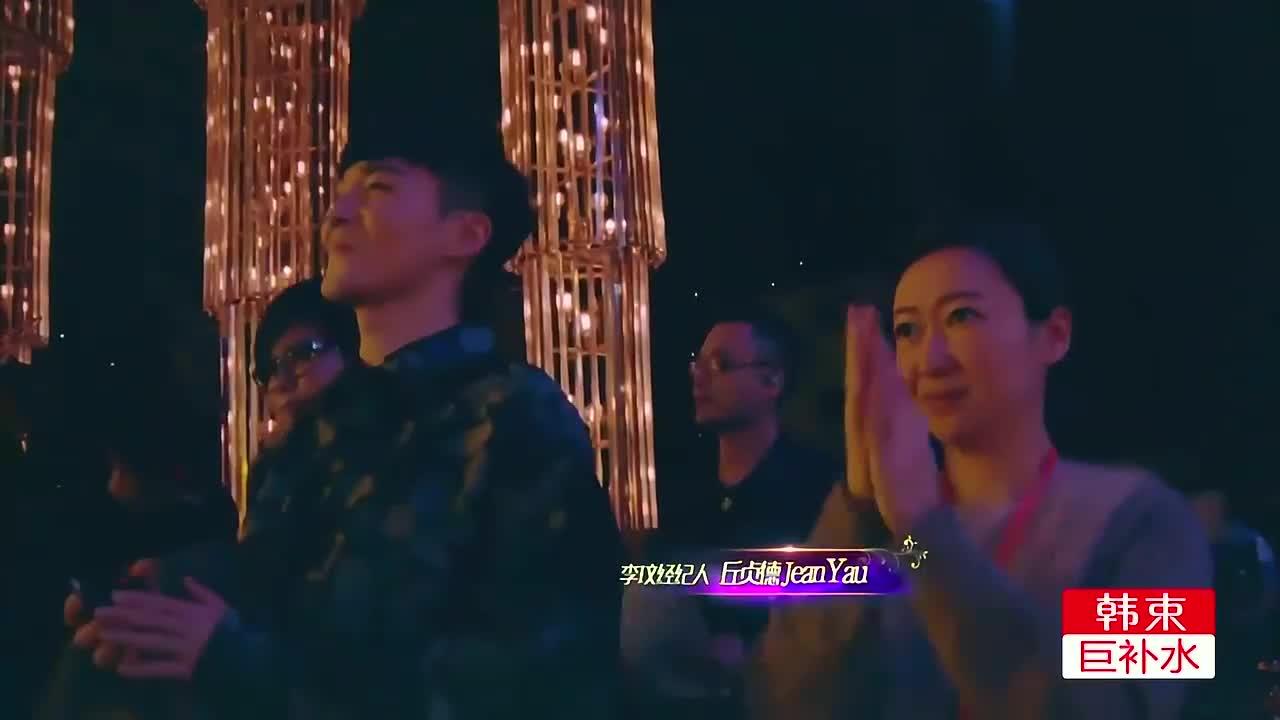 李玟忘情演唱《想念你》,歌声宛如天籁,耳朵都快怀孕了!