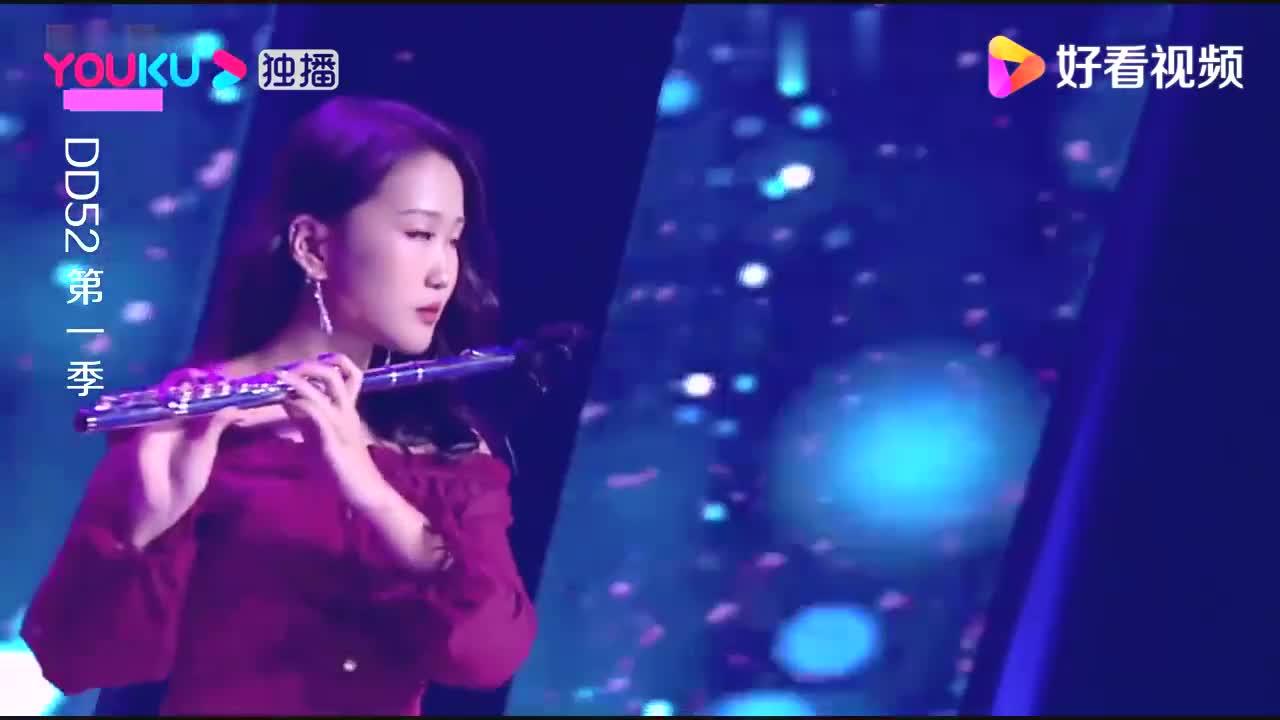 女选手花式整活,陈立农:这个节目我也表演过,爆笑全场