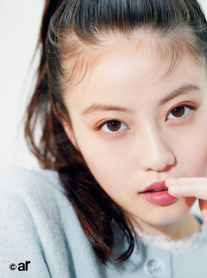 今田美樱杂志新写真 齐刘海展示自己慵懒姿态