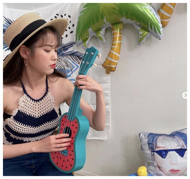 IU撞衫Joy朴秀荣引热议 网友却说泰国混血女星Mai更甚一筹