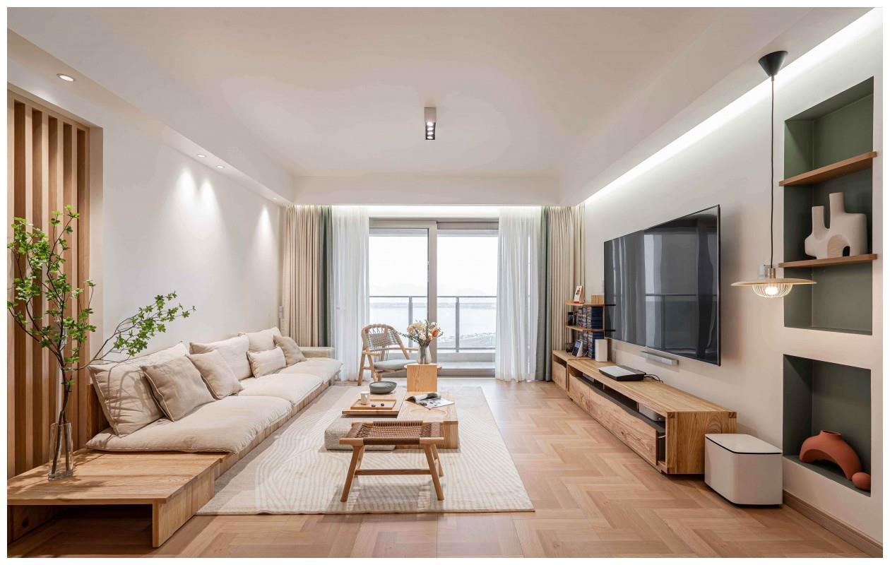 140平原木色四居室,打造时尚、舒适之家