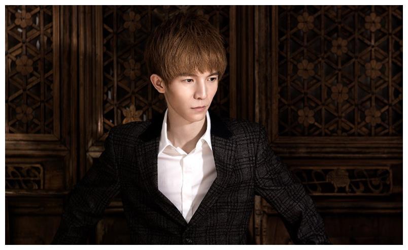 郭敬明在《演员请就位》中,反驳演员李成儒,这件事大家怎么看