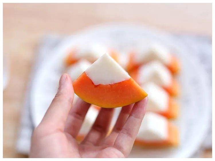 木瓜买来别直接吃了,变个小花样,口感瞬间提升,夏日消暑佳品