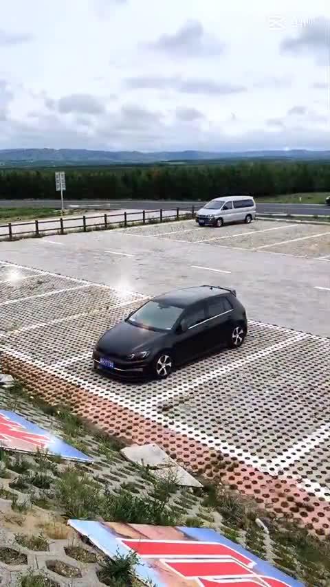 视频:十代雅阁高尔夫原厂carplay支持液晶仪表联动