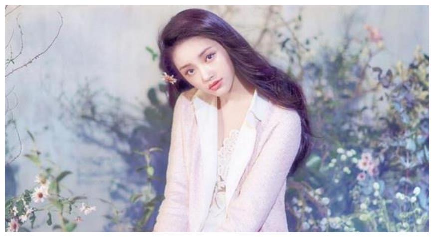 林允疑似有新恋情,与帅哥一起会家中,和冯绍峰复合无望?