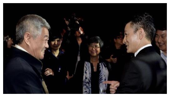 拒绝赵本山徒弟的直播邀请,赵一涵的过的是她自己想要的人生?