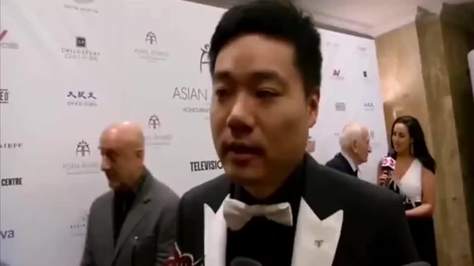丁俊晖采访称心中最敬佩的人就是奥沙利文!