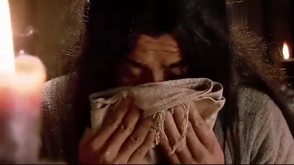 水浒传:肉包子中夹头发,武松怒斥孙二娘:这包子明明是人肉馅!