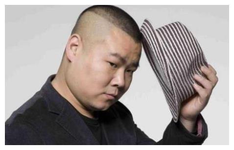 岳云鹏为新婚外甥致辞 说漏嘴疑曝光三胎儿子