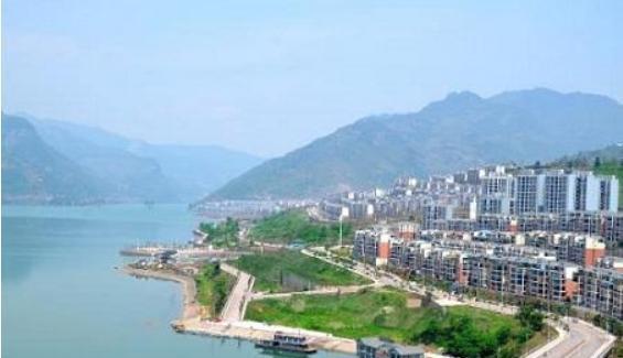 云南省一个县,总人口仅15万,地处两省交界处!