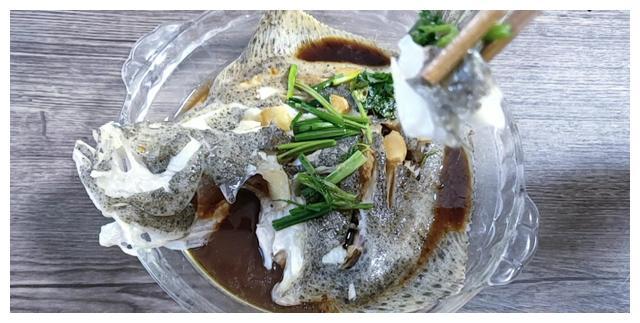 这鱼浑身是宝贝,比甲鱼营养高,因为长的丑10元一斤没人买