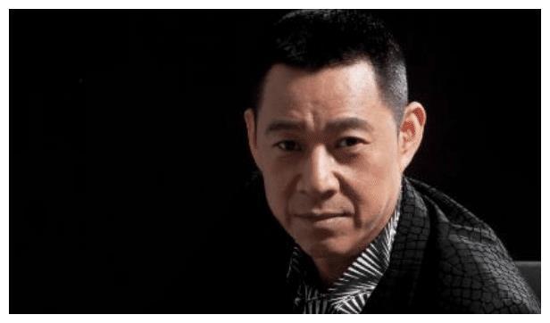 毕业于北京电影学院的张丰毅,一直以来发展很好,演技在线