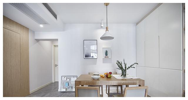 82平硬是挤出三房,晒朋友圈一致好评,简装地板瓷砖效果特别好!