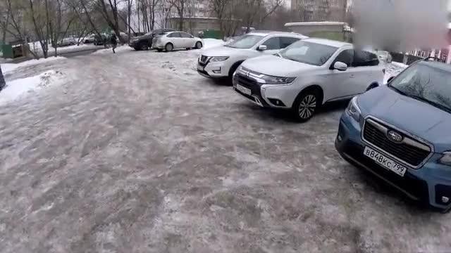 视频:日产奇骏、斯巴鲁森林人、三菱欧蓝德实车对比