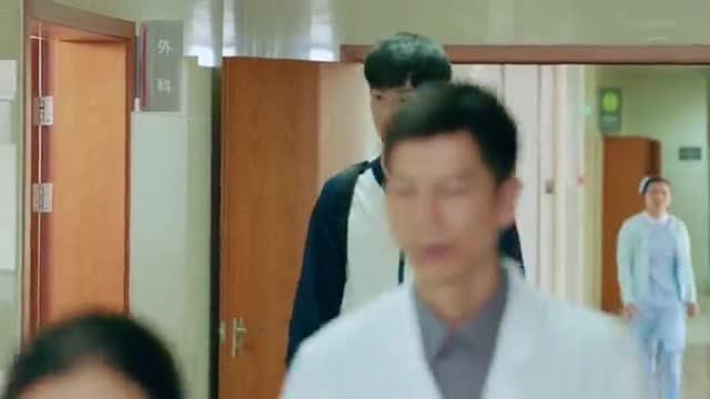 小美好:江辰想起了爸爸,情绪瞬间失落!