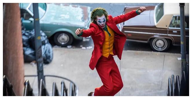 华纳兄弟透露,杰昆·菲尼克斯《小丑2》已在开发当中