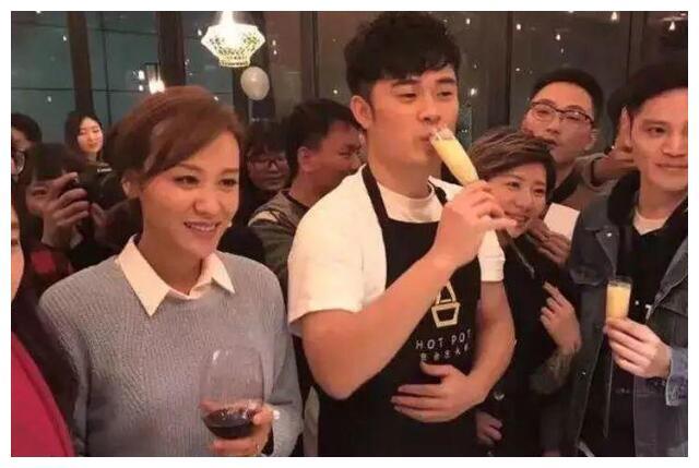 陈赫火锅店又出现食品质量问题,明星餐饮是否值得粉丝买单惹争议