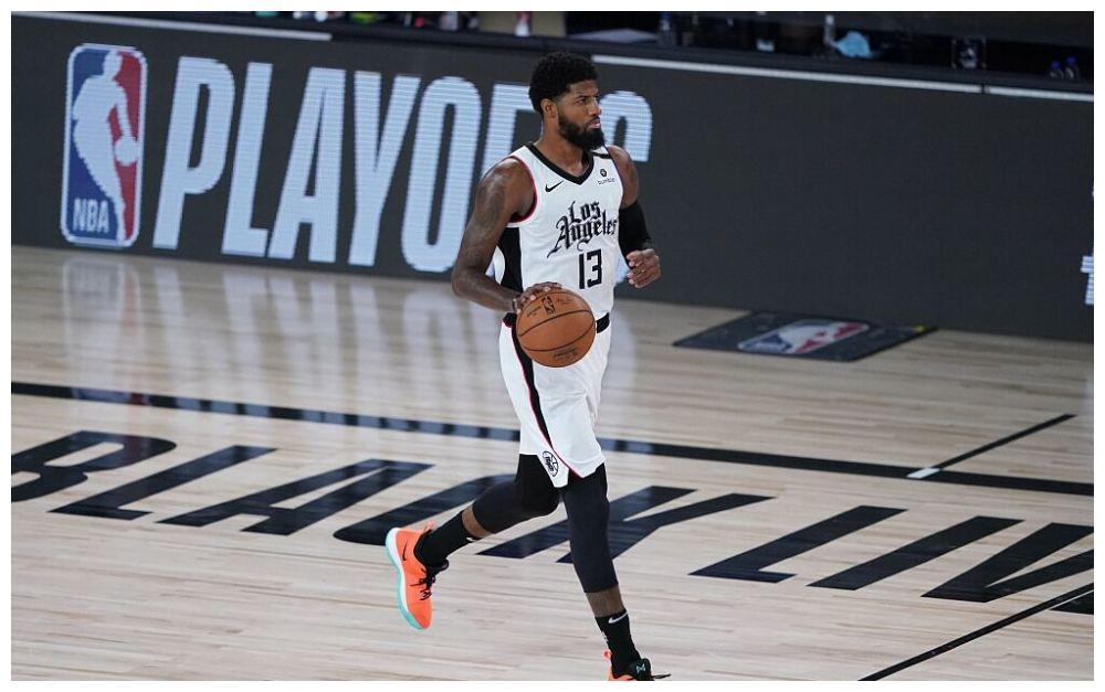 NBA季后赛快船和独行侠第五战开打,本场波尔津吉斯继续因伤缺阵