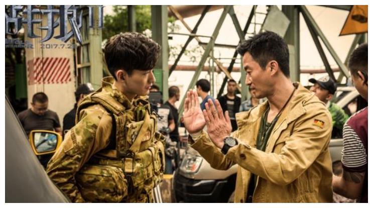 杨幂表示愿意0片酬出演《战狼3》,吴京2字回复令人意外