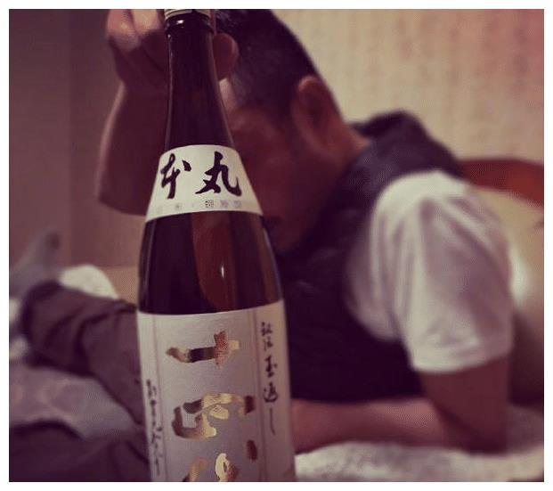 """欧弟公开为汪涵庆生,两人喝酒到天亮,上演""""世界大和解"""""""