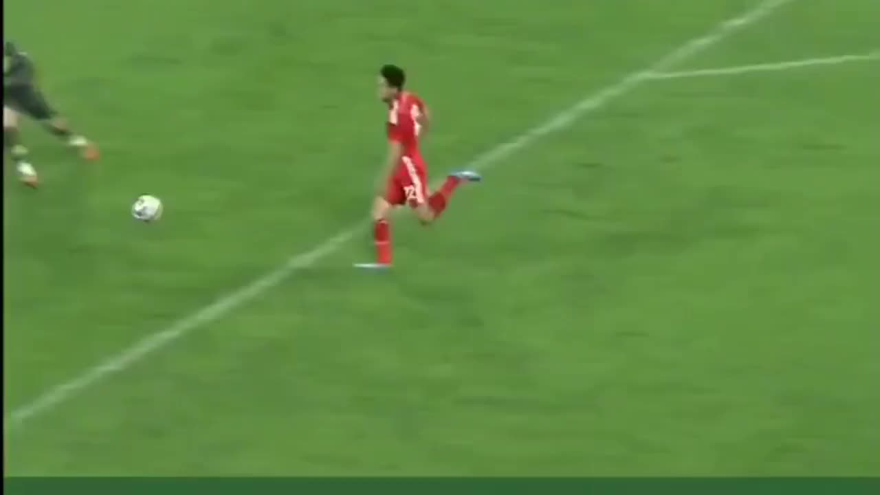 足球:短短几分钟,国足球员让对方门将身心都受到了打击