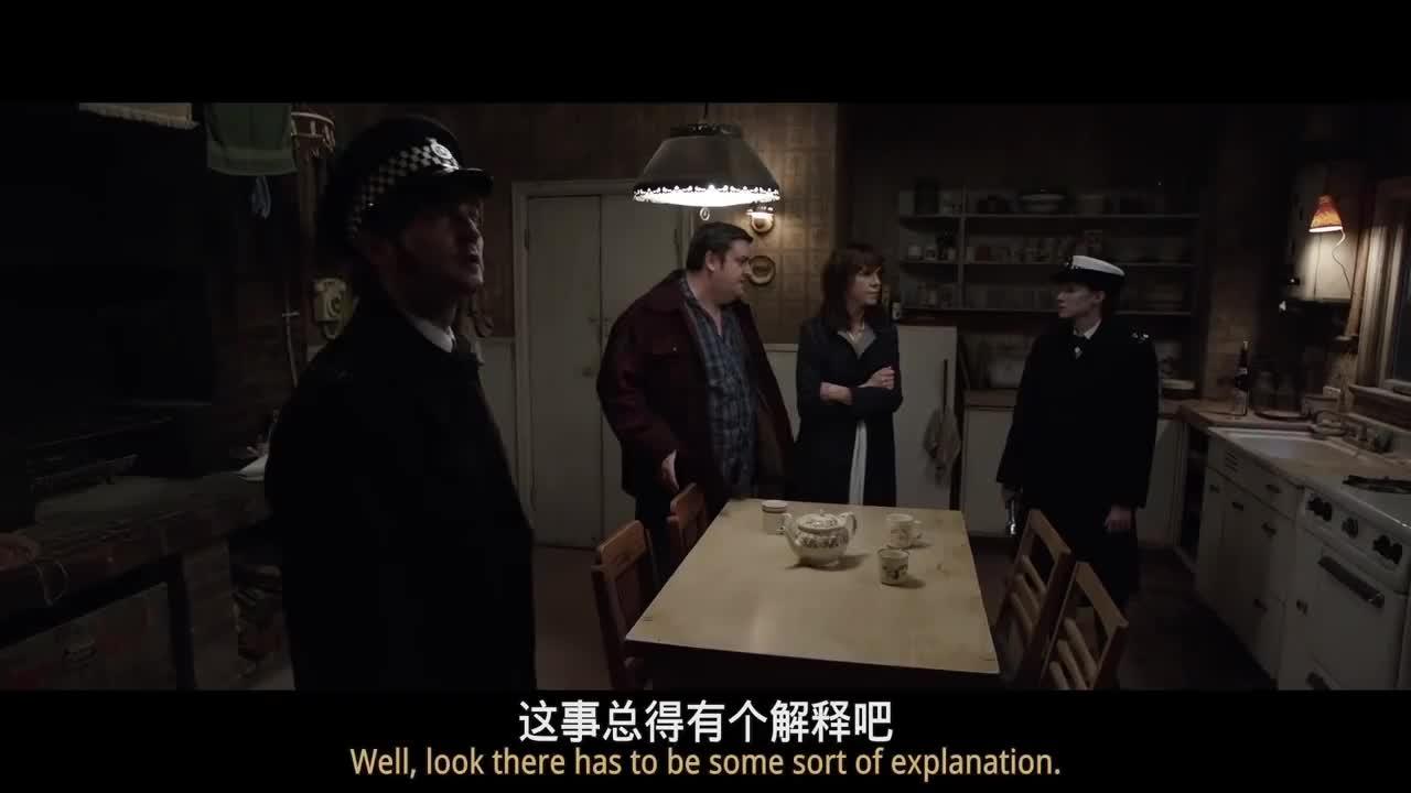 招魂2:警察以为响动是老鼠弄出来的,事实证明再次打脸了