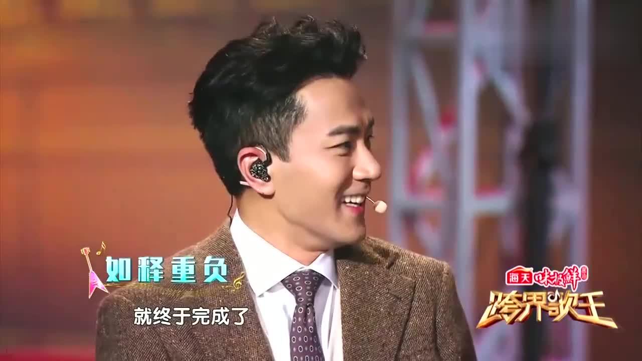 刘恺威一首唱完,把薛之谦感动到快哭,可他的第一反应却是想下台