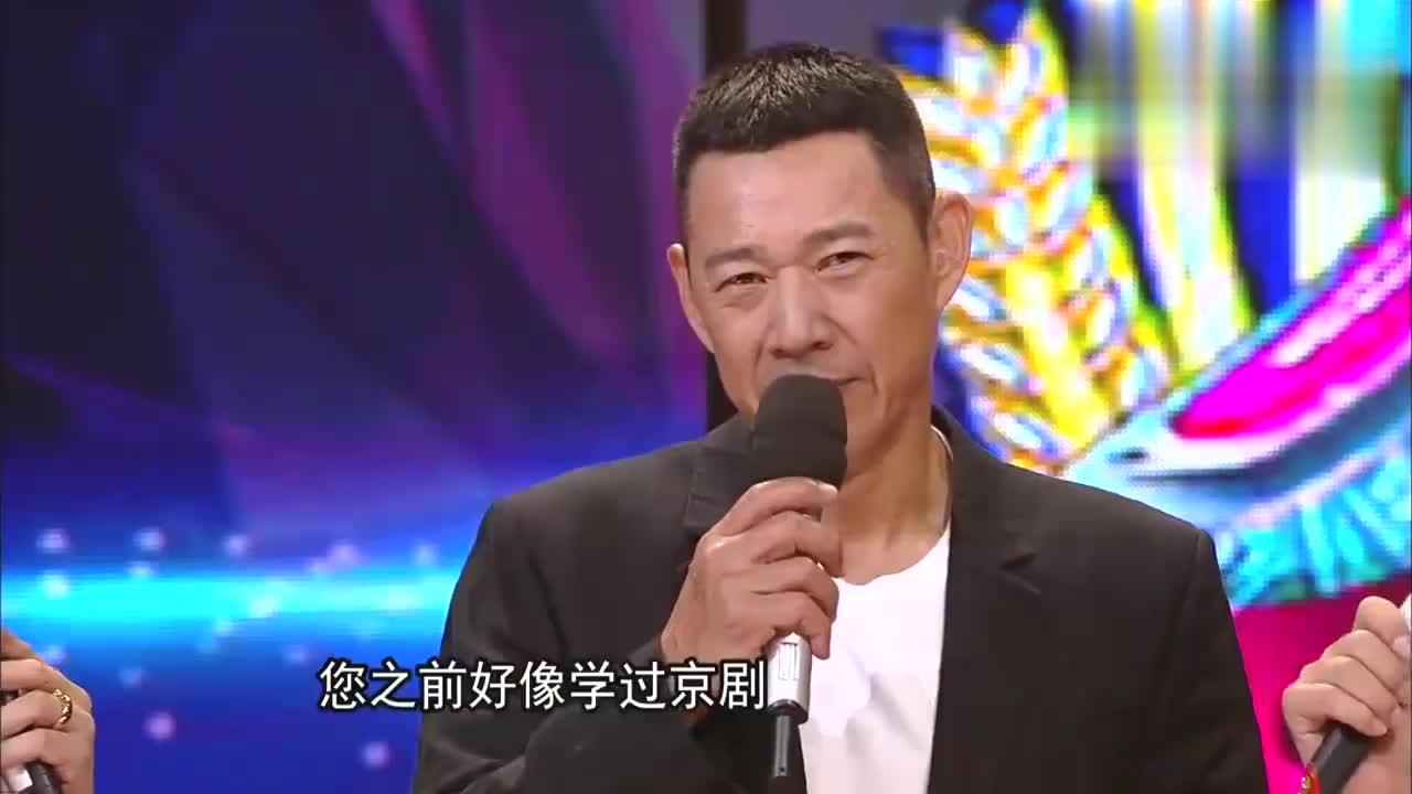 难怪张丰毅可以出演《霸王别姬》,65岁唱起京剧来,腔调太绝了!