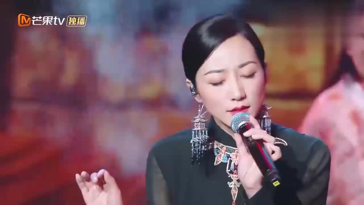 韩雪跨界金曲《赤壁怀古》,一开口全场不淡定了,刘涛都嫉妒了!