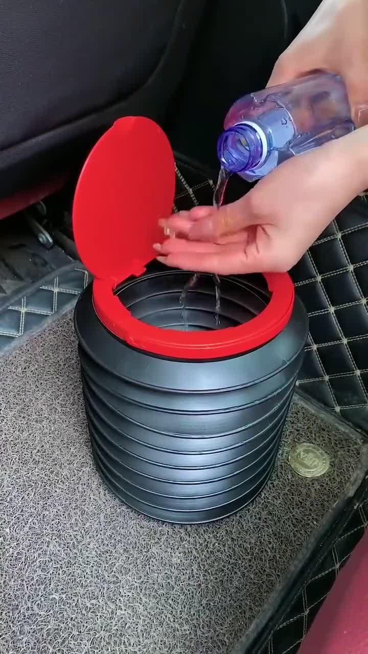 有车的小伙伴,一定在车里放一个折叠垃圾桶,你就知道它多好用。