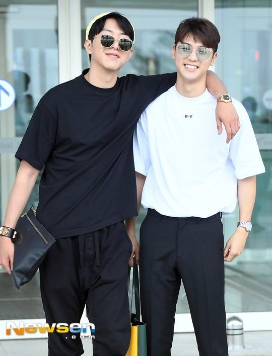 CNBLUE姜敏赫、李正信2人结束最后的休假后将直接退伍