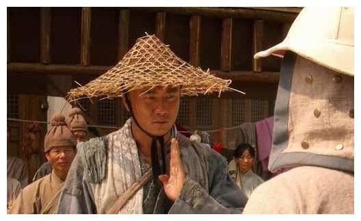 清朝的乞丐有一招叫武讨,竟用鞋底子抽自己肋条,这是怎么办到的