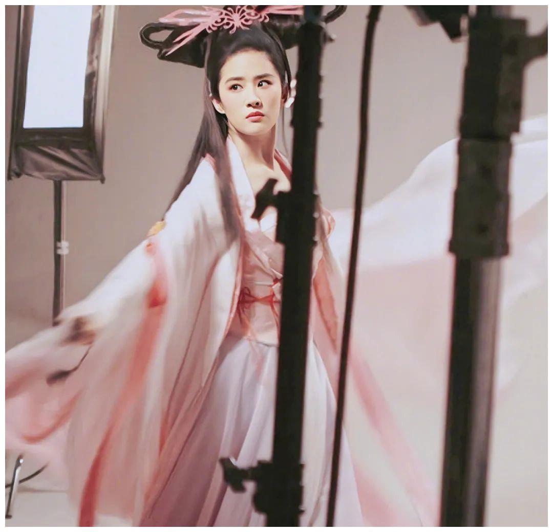 倩女幽魂刘亦菲和美少女鞠婧祎,你喜欢哪位呢?