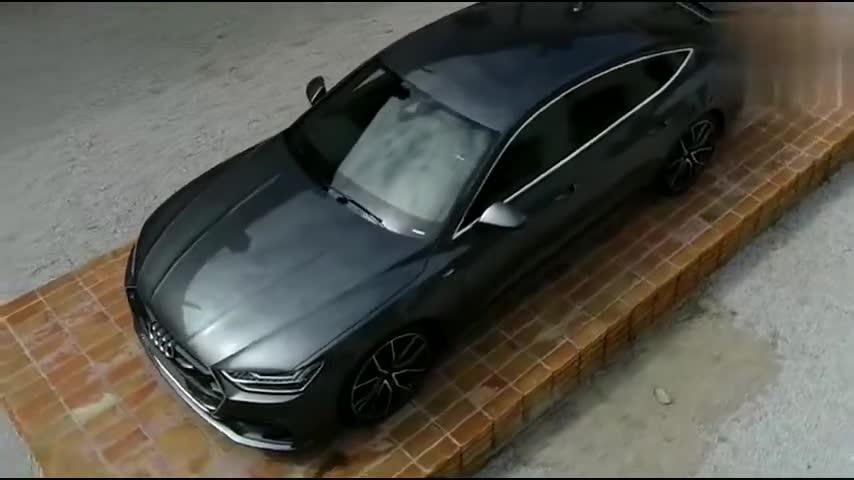 视频:心目中的完美轿跑造型,新款奥迪A7迷人展示