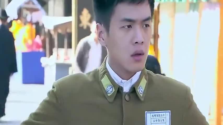 雪豹坚强岁月:卫国大街找刘三,让他帮自己救出刘远,刘三答应了