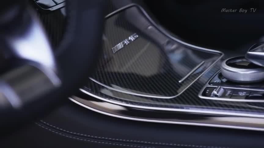 视频:F-PaceSVR,最帅的捷豹SUV,优雅的外观下是对速度的追求