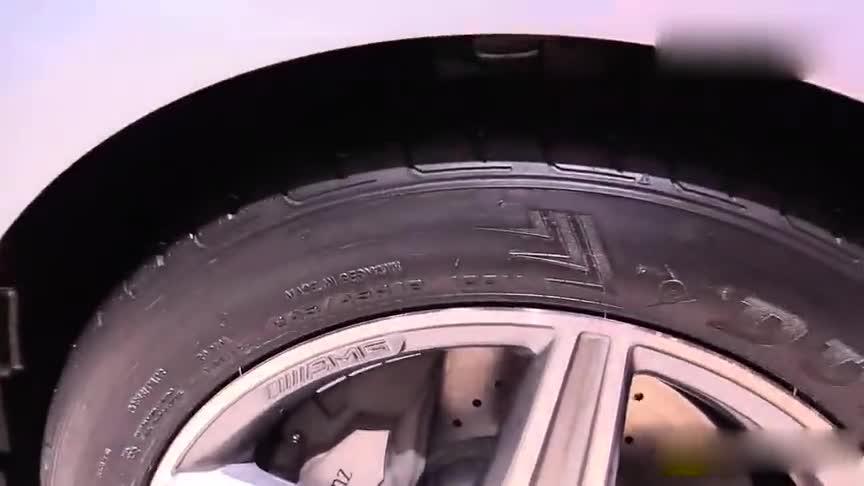 视频:奔驰E400柴油混合动力版