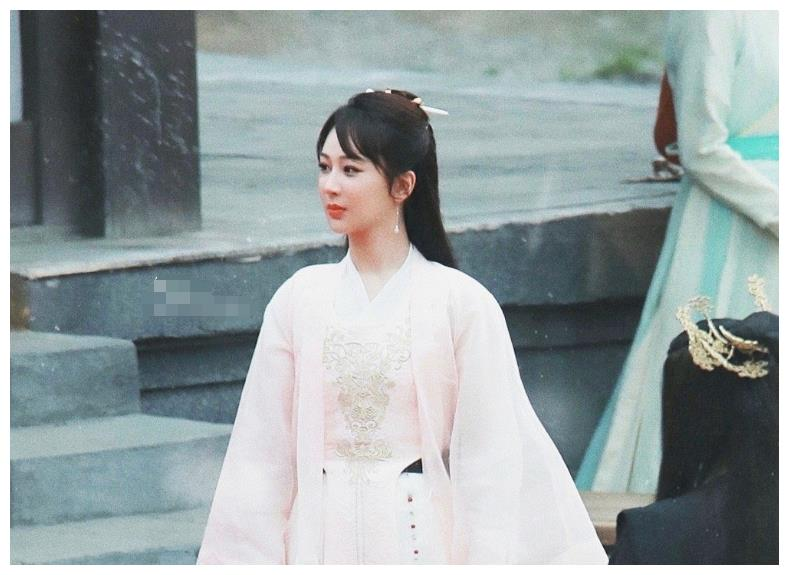 《萌探》路透:张若昀李沁梦回《庆余年》,我却被宋亚轩惊艳到了